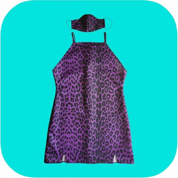 vestido de leopardo lila y negro semi brillante con mascarilla a juego
