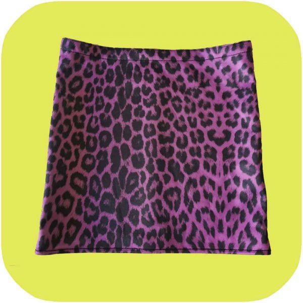 mini falda recta de leopardo lila