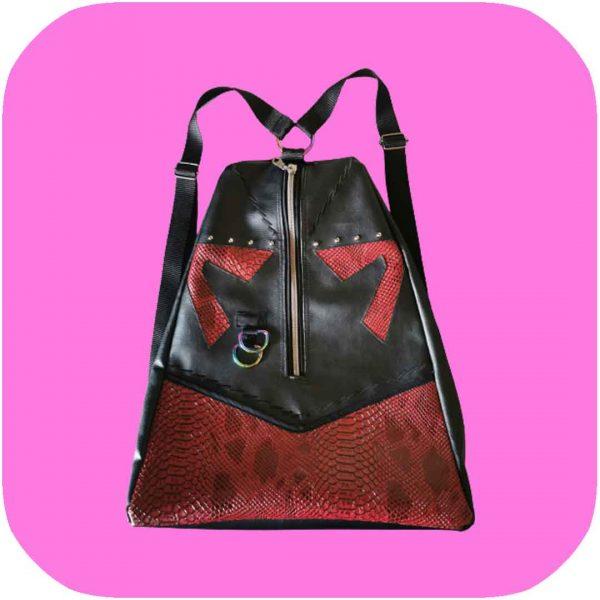 mochila de serpiente roja